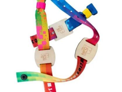NFC Armband mit Holzbutton